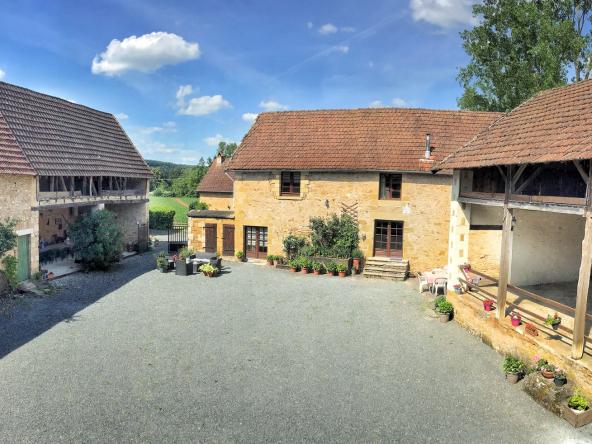 Dordogne Montignac Lascaux gite complex for sale