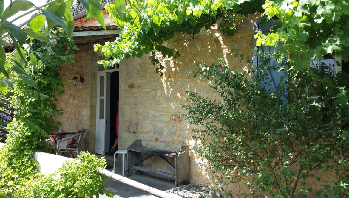 Dordogne valley gite business with heated pool for sale