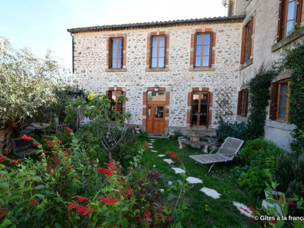 Carcassonne townhouse and gite for sale